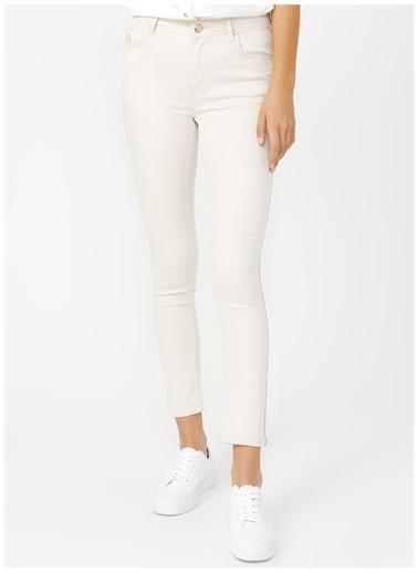 U.S. Polo Assn. U.S. Polo Assn. Beyaz Pantolon Beyaz